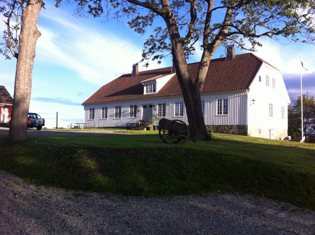 Tune prestegård og valg av Smaalenenes representanter til riksforsamlingen på Eidsvoll